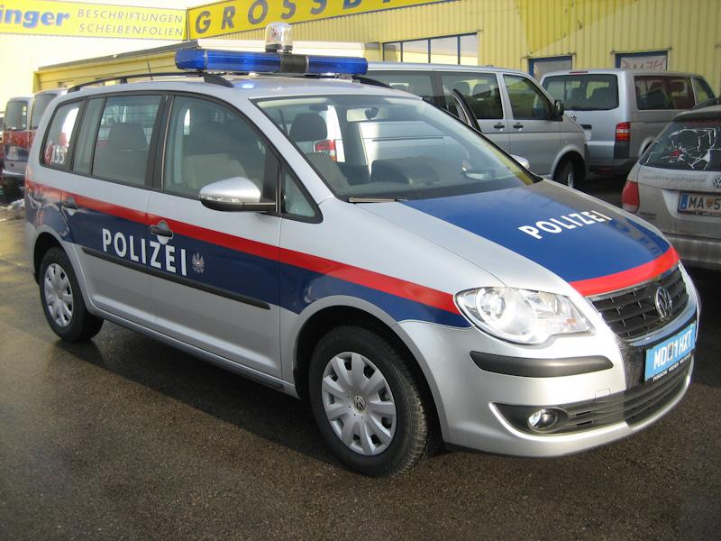 polizeifahrzeuge-web-11-von-15