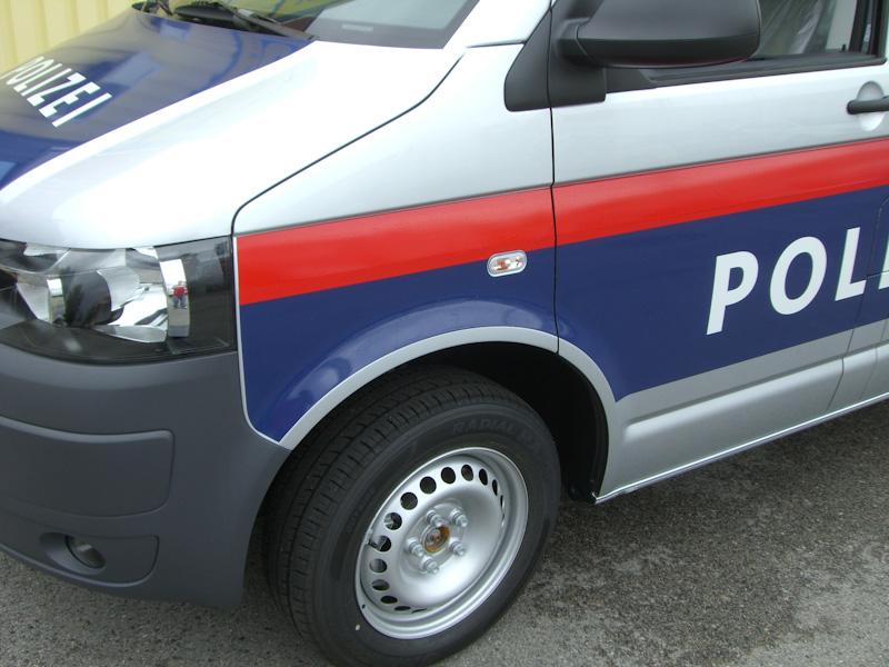 polizeifahrzeuge-web-12-von-15