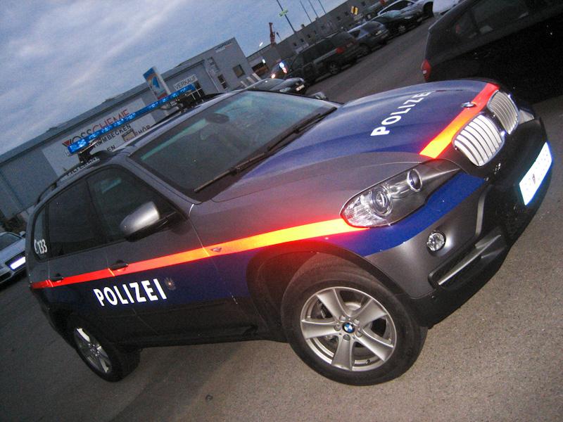 polizeifahrzeuge-web-9-von-15