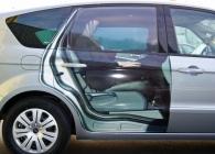 Folie Gradinger Fahrzeug Teilbeklebung