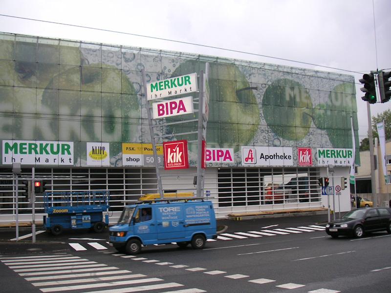 Folie Gradinger Gebäude Beschriftung